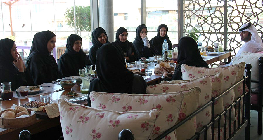 Head of Sharjah's Family Centre Shares Expertise With Trainees Of THATI Program